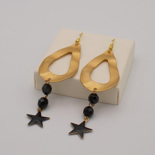 Orecchini con goccia martellata color oro, mezzi cristalli e stella finale color nero