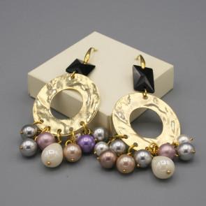 Orecchini con disco oro e perle di Majorca colorate