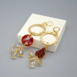 Orecchini cerchio oro e mezzi cristalli