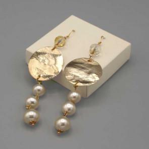 Orecchini con disco in ottone e perle avorio