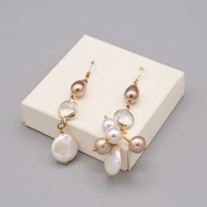 Orecchini con mezzi cristalli e perle di fiume e di carta
